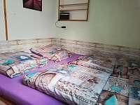 apartmán 3 - ložnice - chalupa k pronájmu Hroznětice