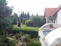 U bazénu... - pronájem apartmánu Holetín u Hlinska