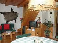 Vnitřní posezení - chata ubytování Škrdlovice - Velké Dářko