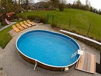 bazén - chalupa ubytování Veselý Kopec