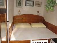 Ložnice pro dvě osoby bez možnosti přistýlky.