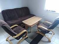 hlavní místnost - chata k pronájmu Slavětín