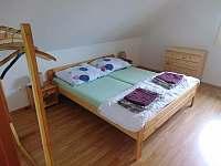 ložnice 1 - pronájem chaty Slavětín