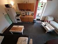 Ap.2 s kuchyní ,lednicí,mikrovlnkou,indukčnim vařičem,varnou konvicí,sporákem . - Maksičky