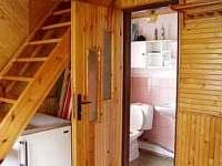 Vstupní chodba + koupelna