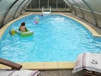Bazén 8x4m,krytý