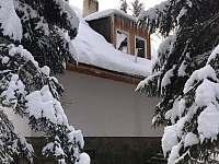 Chata v zimě - k pronájmu Tři Studně