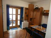 Kuchyně-jídelna: modrý apartmán