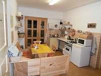 Kuchyně-jídelna:  žlutý apartmán