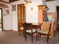 kuchyňka samostatný dvoulůžkový pokoj - ubytování Pohořílky