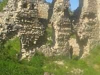 Templštýn - zřícenina hradu, cca 18km - Dalešická Přehrada