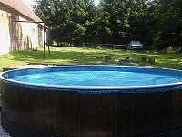 Bazén - chalupa k pronajmutí Mezilesí