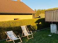 Zahradní posezení - chata ubytování Želiv - Brtná