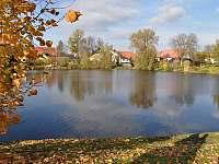 rybník Trpín na náměstí - Kněževes - Veselka