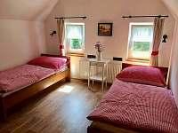 ložnice v patře - chalupa k pronajmutí Kuklík