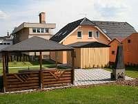 Villa Amenity (přilehlá zahrada, gril)