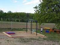 Dětské hřiště - chata k pronajmutí Náměšť nad Oslavou