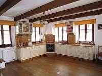 Hlavní místnost - kuchyň