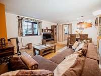 Apart. 1 - obývací pokoj - chalupa k pronajmutí Kamenice nad Lipou - Březí
