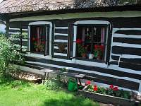 okna - chalupa k pronajmutí Česká Rybná