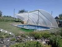 bazén - chalupa k pronájmu Medkovy Kopce