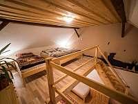 druhá ložnice nahoře
