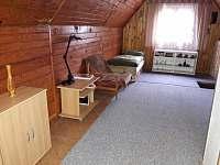 Ložnice v patře - chata k pronajmutí Fryšava pod Žákovou horou
