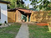 pohled z terasy - chata ubytování Pokojov