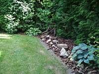 zahrada - pronájem apartmánu Nové Dvory