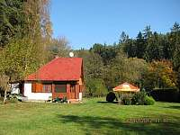 Chata na podzim - pronájem Kamenná