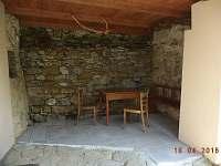 Kryté venkovní posezení - chalupa ubytování Svojanov - Předměstí