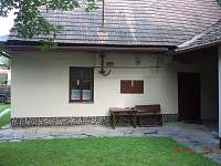 Pohled ze dvora - chalupa k pronajmutí Svojanov - Předměstí