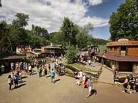 Westernové městečko - pronájem srubu Zvole nad Pernštejnem