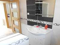 AP č. 2 - WC + koupelna - ubytování Kojčice