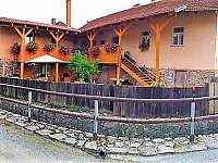Hluboké u Kunšt. ubytování 12 lidí  pronajmutí