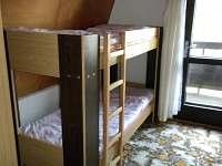 Dětská ložnice - chata k pronájmu Polnička