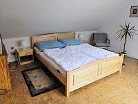 Podkroví - ložnice II - chalupa k pronájmu Podhořany u Ronova nad Doubravou