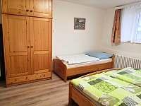Přízemí - ložnice - chalupa ubytování Podhořany u Ronova nad Doubravou
