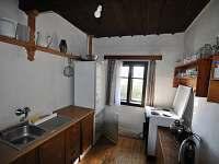 Kuchyň - pronájem chalupy Krátká