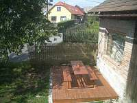 terasa na dvoře