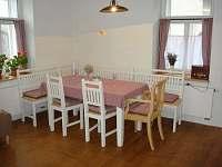 Obytná kuchyň - chalupa ubytování Polnička
