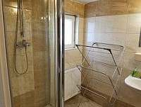 koupelna- patro - pronájem chalupy Hněvkovice u Ledče nad Sázavou