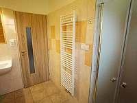 koupelna- přízemí - pronájem chalupy Hněvkovice u Ledče nad Sázavou