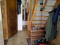 chodba a schodiste do podkrovi - Trebelovice