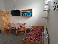 pokoj č. 6 a... - pronájem hostelu Brtnice