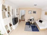 obývací pokoj přízemí - Štěměchy