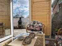 zimní zahrada- venkovní gril - chalupa ubytování Štěměchy