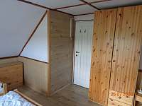 čtyřlůžkový pokoj č.2 - pronájem chalupy Fryšava pod Žákovou horou