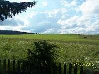 pohled na pastvinu - chalupa ubytování Fryšava pod Žákovou horou