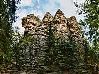 Čtyři palice - ikonické skály vhodné pro lezce - Svratouch